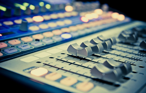 recording studio mixing desk